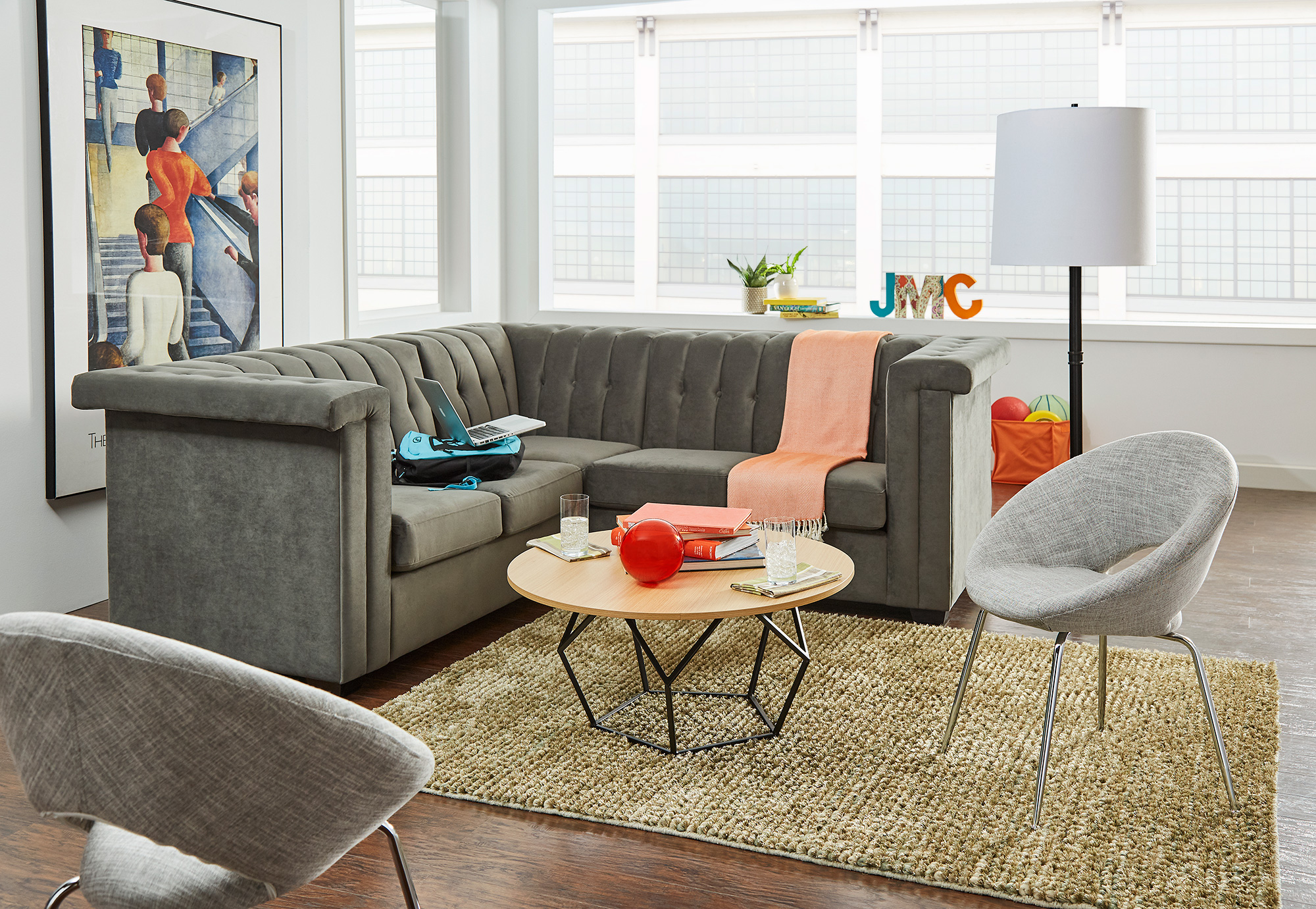 F3 iLive living room furniture for student housing
